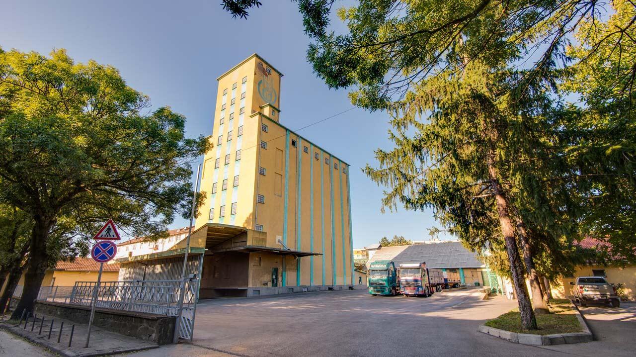 база Севлиево